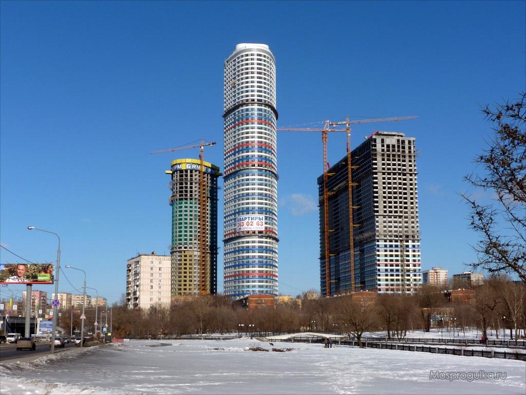 """Самые высокие здания Москвы: ЖК """"Триколор"""""""
