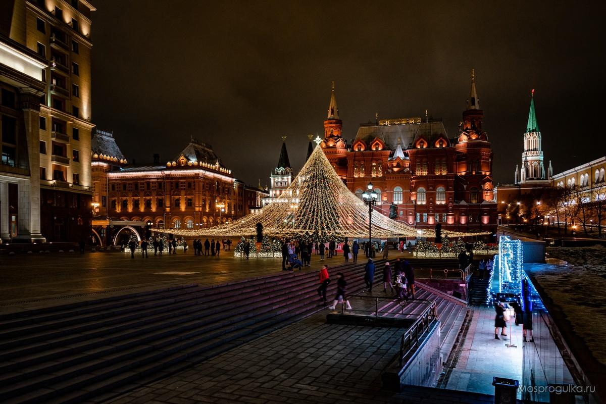 Новогодняя ёлка на Манежной площади