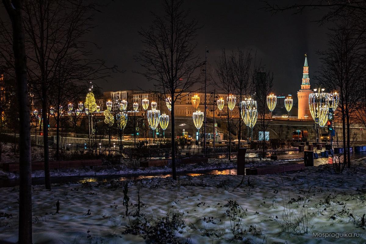 Новогодние фонари в Москве