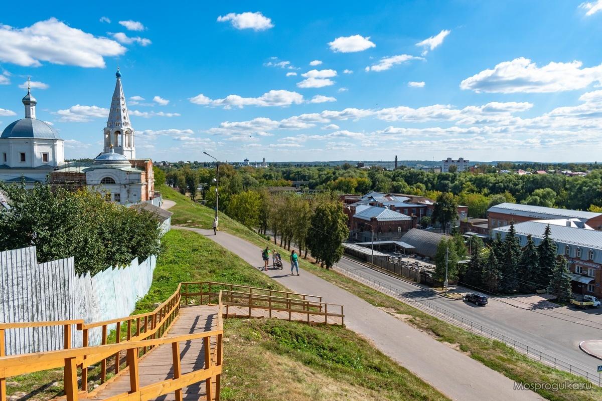 Вид со смотровой площадки на Соборной горе