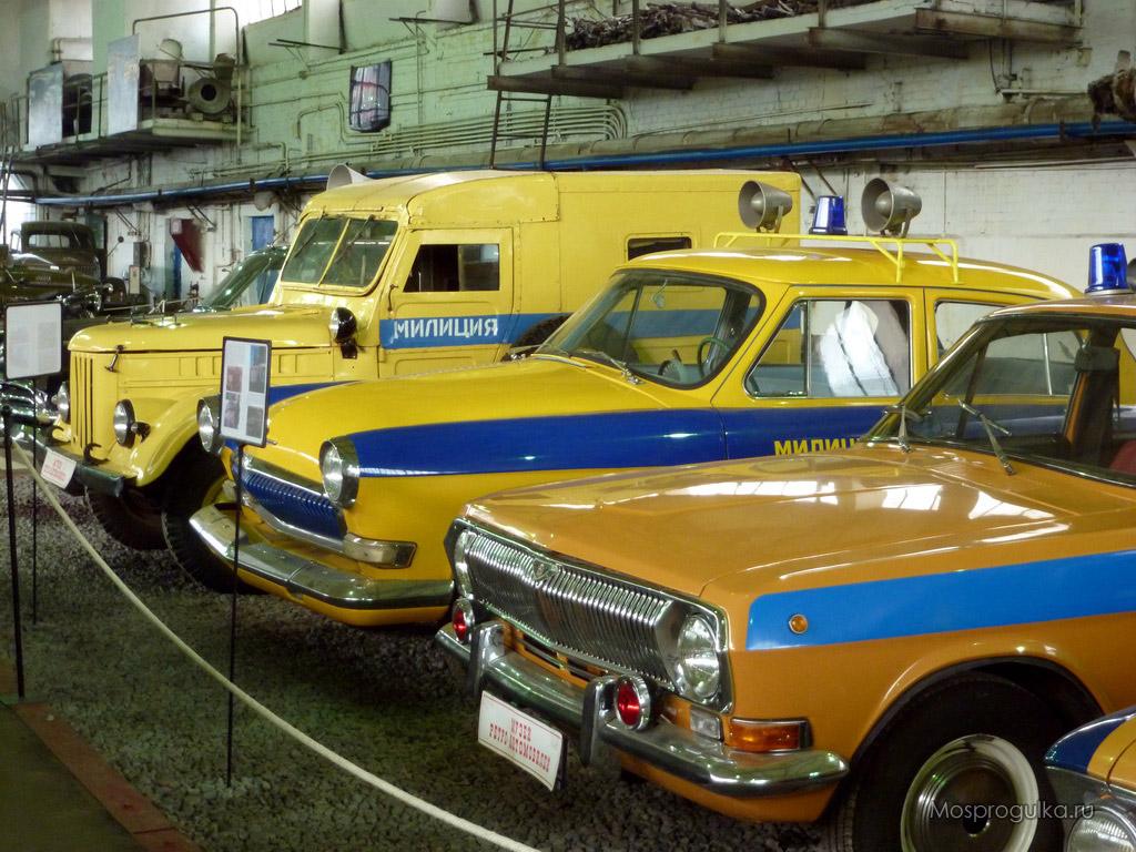 Моспрогулка: Музей ретро-автомобилей на Рогожском Валу ...