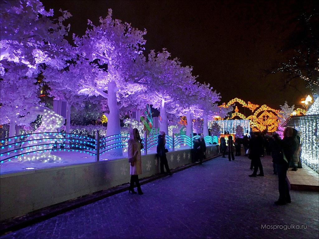 Путешествие в Рождество 2016-2017: Волшебный лес на Пушкинской площади